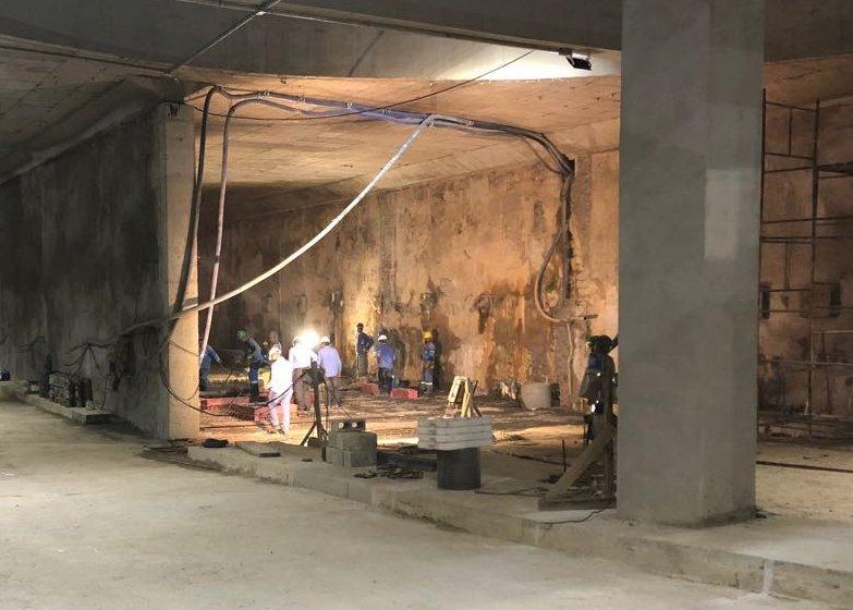 Secretário Lucio Gomes acompanha obras no túnel da Borges de Melo
