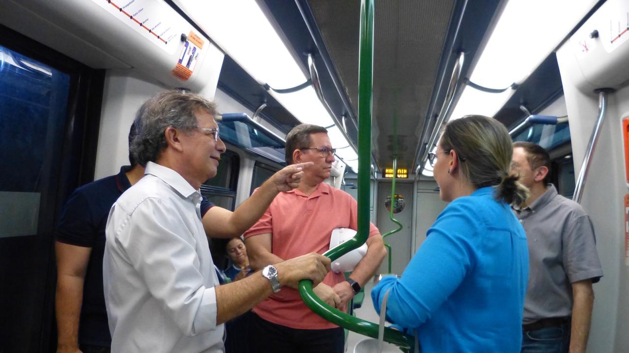 Lucio Gomes confere serviços do sistema metroviário de Fortaleza