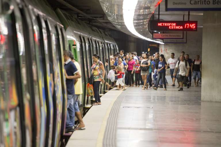 Metrofor abre prazo para revalidação do Cartão do Estudante