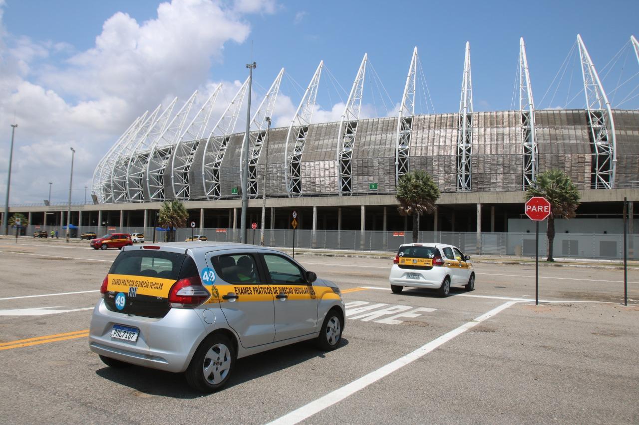 Detran-CE prorroga mutirão de exames práticos no estacionamento da Arena Castelão