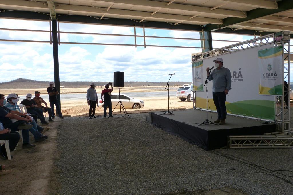 Secretário da Infraestrutura conduz visita guiada às obras do novo Aeroporto Regional de Sobral
